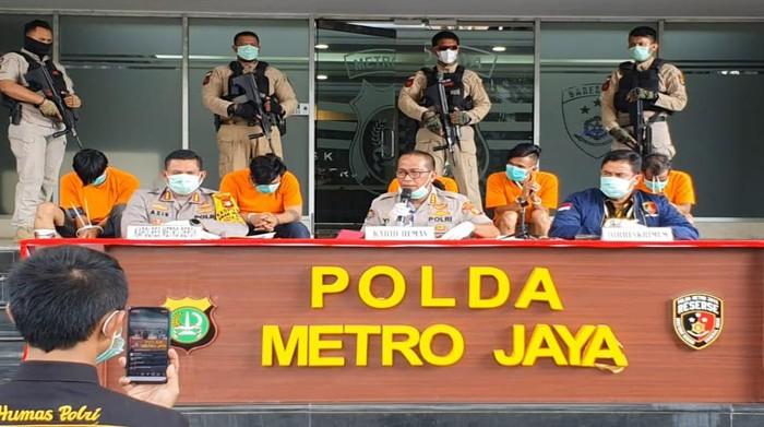 Polisi tangkap komplotan perampok di Depok