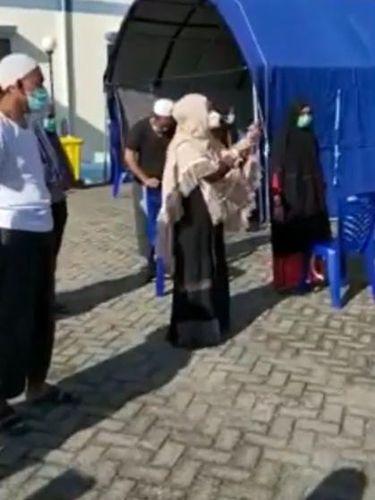 Video viral ODP dan PDP di Sidrap, Sulsel, mengeluh semasa diisolasi (Screenshot video viral)