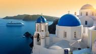 Pasang Bilik Kaca, Yunani Undang Wisatawan ke Pantai Lagi