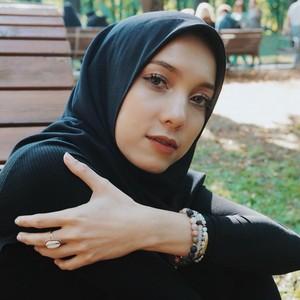 Desainer Jenahara Nasution Ungkap Tren Fashion di Tengah Pandemi