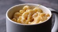 Praktis! 5 Makanan Ini Bisa Dimasak dengan Cangkir di Microwave