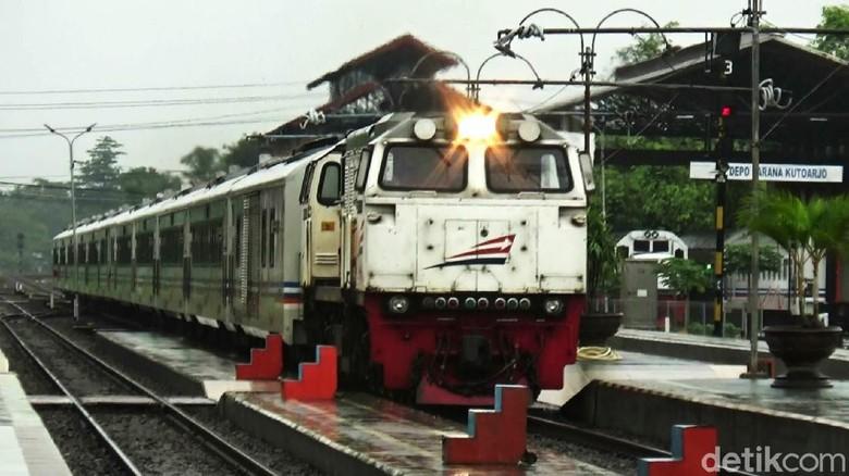 Foto dokumentasi aktivitas di wilayah PT KAI Daop 5 Purwokerto.