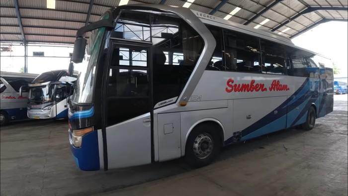 Bus Sumber Alam yang dilelang untuk melawan virus Corona
