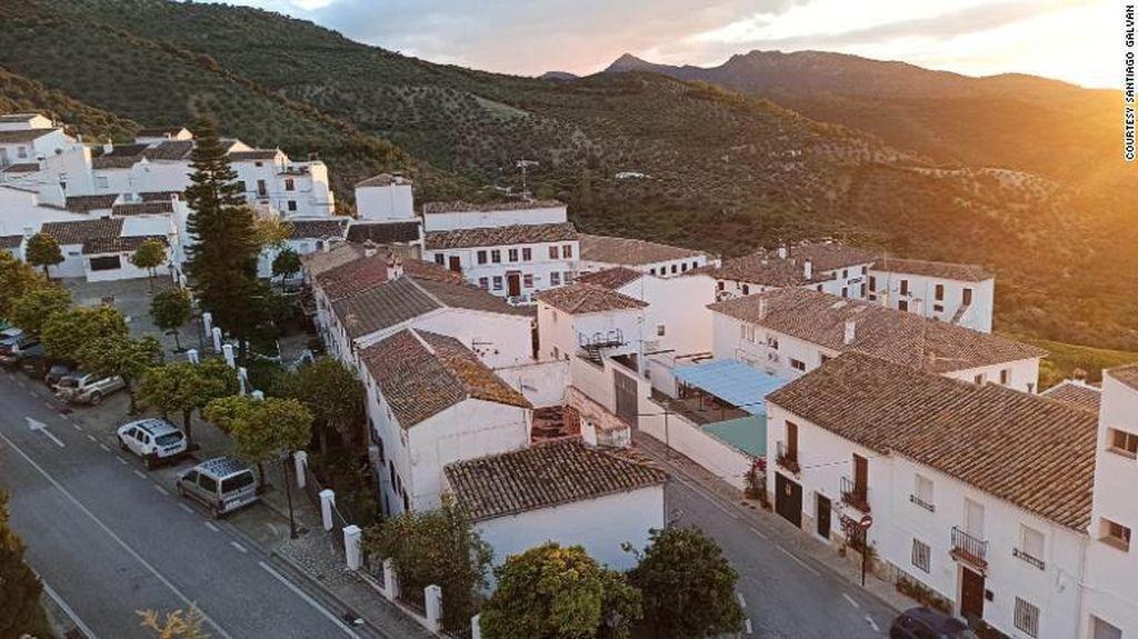 Potret Kota Berbenteng di Spanyol yang Bebas Corona