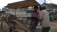Pemuda Garut Turun ke Jalan Edukasi Abang Becak-Kusir Delman soal Corona