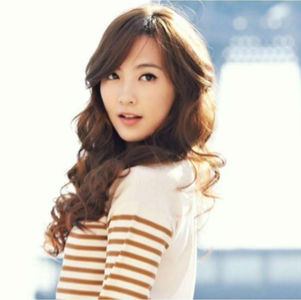 Kecelakaan, Mobil Kang Ji Young eks KARA Ditabrak Pengemudi Mabuk