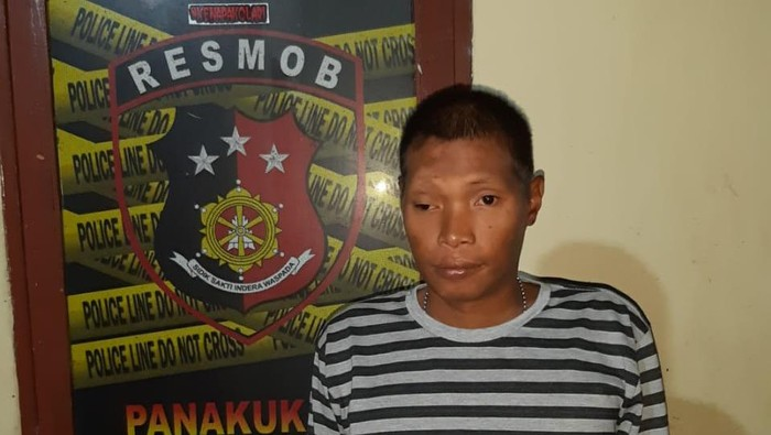 Preman yang ditangkap di Makassar karena ancam dan lempar rumah anggota Brimob.