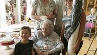 Nenek 99 Tahun Sembuh dari Corona Berkat Olesan Jeruk dan Biskuit