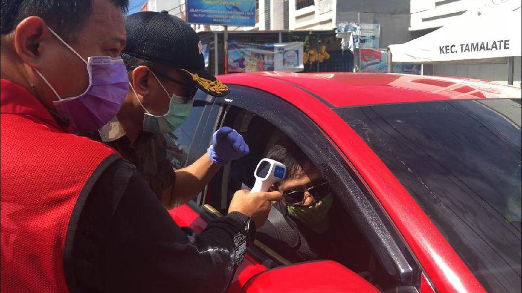Pemkot Jaga Ketat 7 Akses Masuk Makassar, Suhu Tubuh Pengendara Diperiksa
