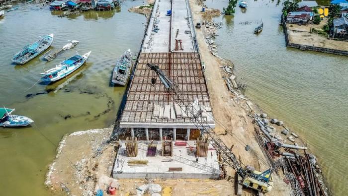 Proyek jembatan Teluk Kendari di Sulawesi Tenggara