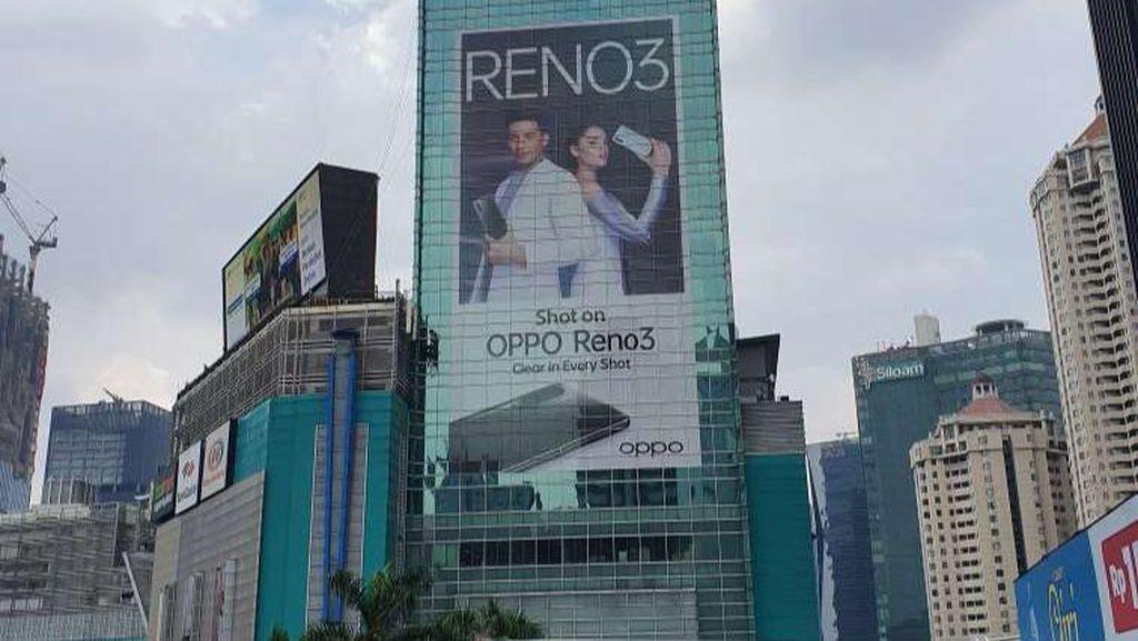 OPPO Pajang Reklame Foto Segede Gaban di Gedung, Ini Ceritanya