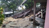 Longsor Terjang Tanah Datar Sumbar, 2 Orang Warga Hilang