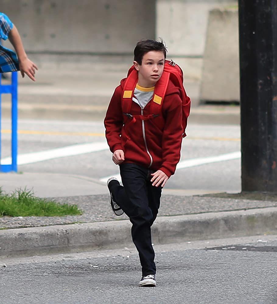 Aktor Muda Logan Williams Meninggal