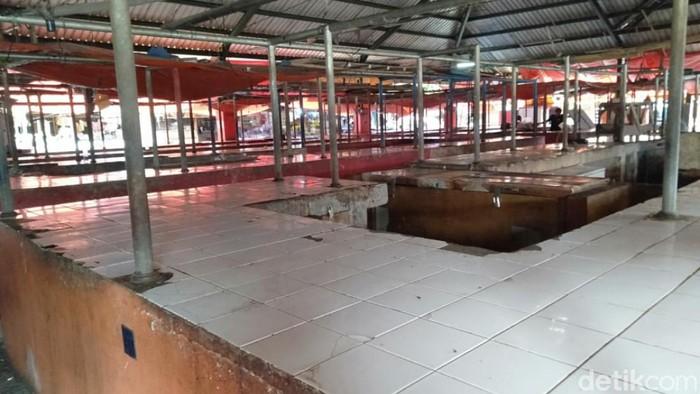 Ratusan pedagang pasar tradisional di Cianjur tutup lapak