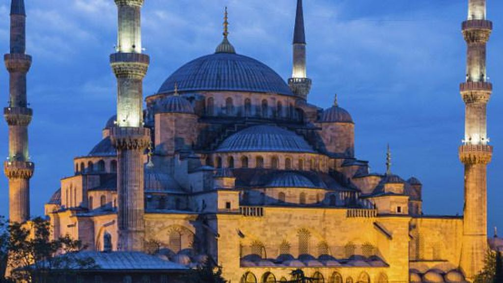 Turki Tutup Objek Wisata Hingga Akhir Mei