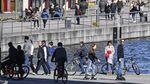 Miris! Corona Mewabah Warga Jerman Malah Kumpul Ditaman