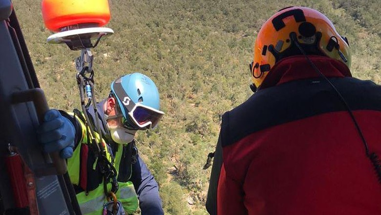 Penyelamatan pria yang tersesat di gunung
