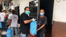 Polisi Fasilitasi Bagi Sembako di Kampung Akuarium, Imbau Warga Tetap di Rumah