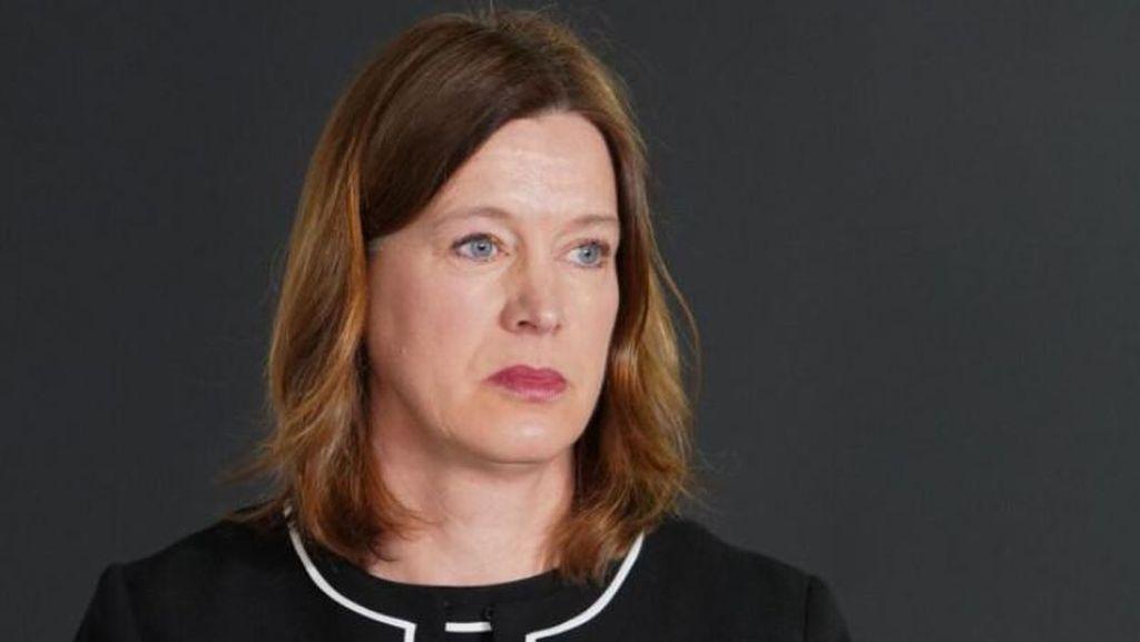 Kepala Medis Skotlandia Mundur karena Langgar Aturan #dirumahaja