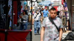 Kasus Corona di Meksiko Tembus 500 Ribu, Vaksin Ditargetkan Ada 2021