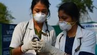 Terlalu! Dokter India Diludahi dan Dilempari Batu Saat Perangi Virus Corona