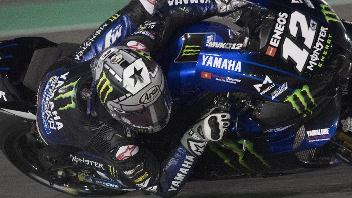 DOHA, QATAR - FEBRUARY 22:   Maverick Vinales of Spain and Monster Energy Yamaha MotoGP Team   rounds the bend during the MotoGP Tests at Losail Circuit on February 22, 2020 in Doha, Qatar. (Photo by Mirco Lazzari gp/Getty Images)
