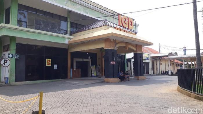 RSUD dr R Soedarsono ditunjuk Pemprov Jatim menjadi rumah sakit rujukan pasien corona. Rumah sakit milik Pemkot Pasuruan ini akhirnya menambah sejumlah fasilitas medis.