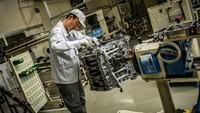 Kisah Para Takumi, Perakit Mesin Nissan GT-R Menggunakan Tangan