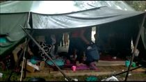 Isolasi Diri ala Camping 8 Pemuda Aceh Sebelum Dievakuasi