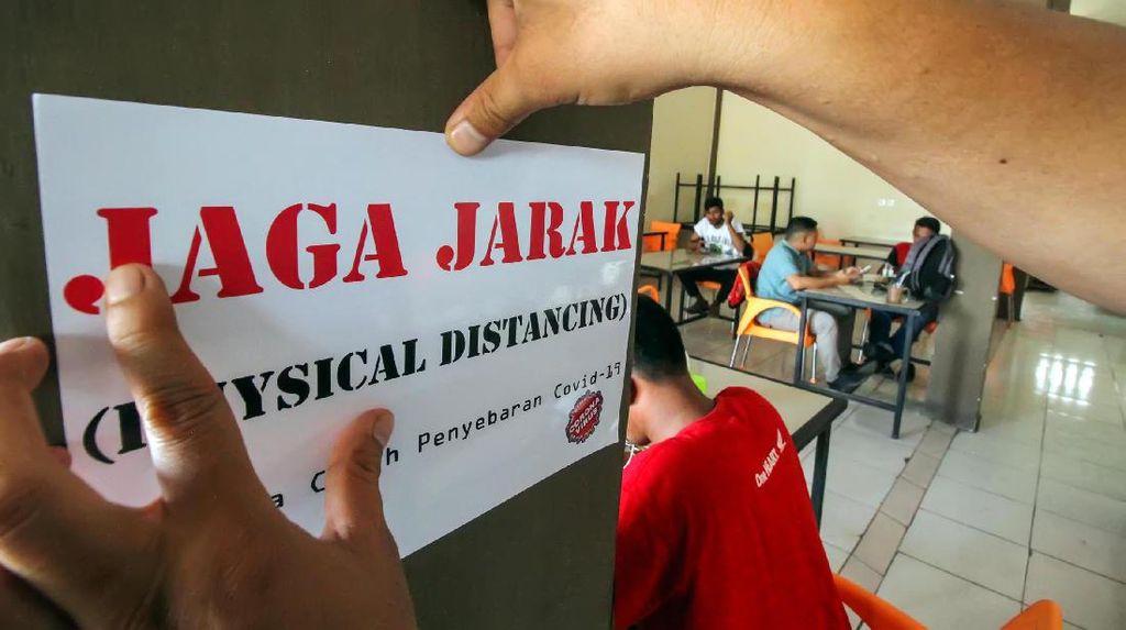 Warkop dan Restoran Mulai Terapkan Physical Distancing