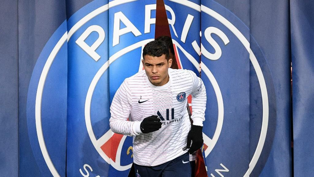Thiago Silva Selangkah Lagi Tinggalkan PSG