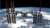 Bagaimana Astronot Bersihkan Stasiun Luar Angkasa dari Virus dan Bakteri?