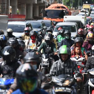 Ojol Kena Imbas PSBB di Jakarta, Grab & Gojek Buka Suara