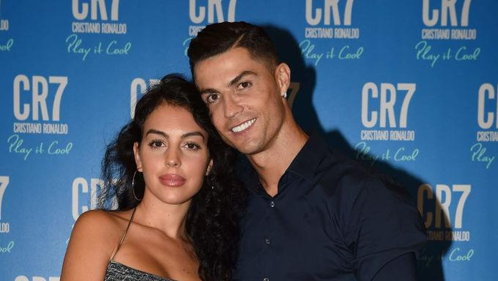 Kisah Awal Perjumpaan Ronaldo-Georgina: Cinta Pandangan Pertama