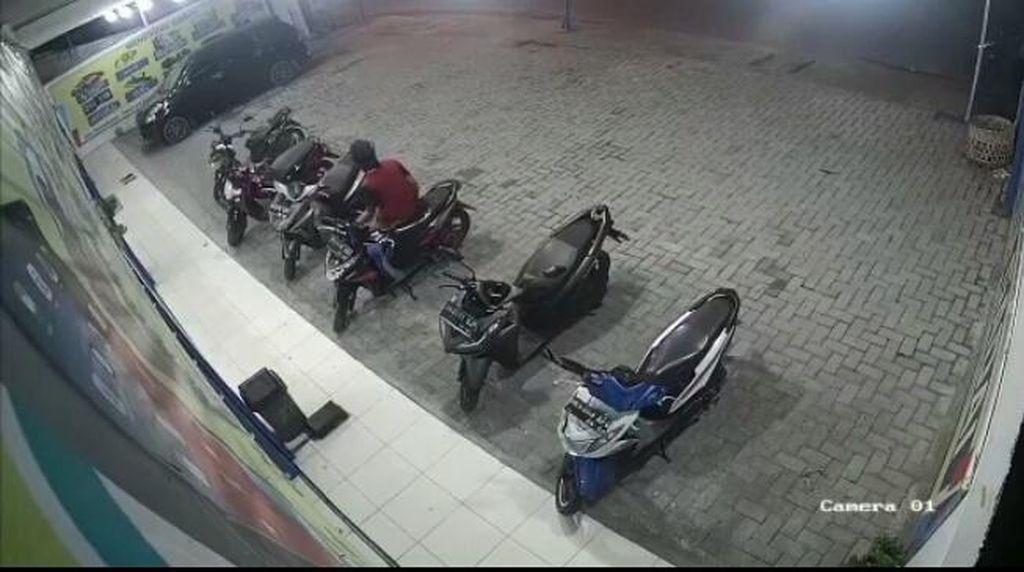 Alamak! Maling Motor Nekat Beraksi di Tengah Sepinya Medan Imbas Corona
