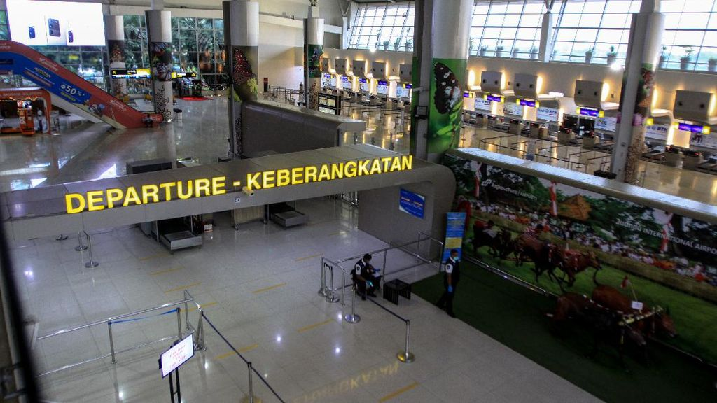 WNA Dilarang Masuk, Perbatasan Indonesia-Bandara Sepi