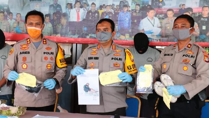 Polisi tangkap pelaku penganiayaan keji terhadap waria Mira di Jakut