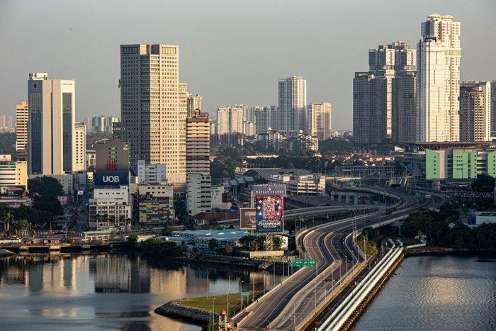 Dari sejumlah negara yang terpapar wabah virus corona, Malaysia merupakan salah satu negara yang berhasil menekan angka kematian dan menambah angka kesembuhan.