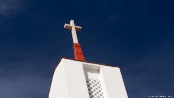 Gereja-gereja di AS Tolak Larangan Berkumpul Jelang Paskah