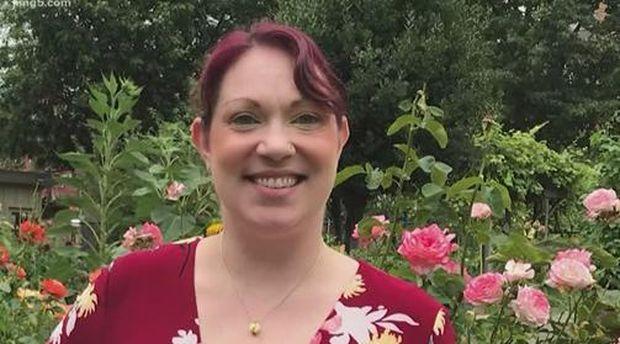 Elizabeth Schneider, pasien sembuh dari virus Corona dengan isolasi mandiri.