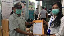 La Nyalla Academia Bantu APD dan Masker ke RS Unair Surabaya