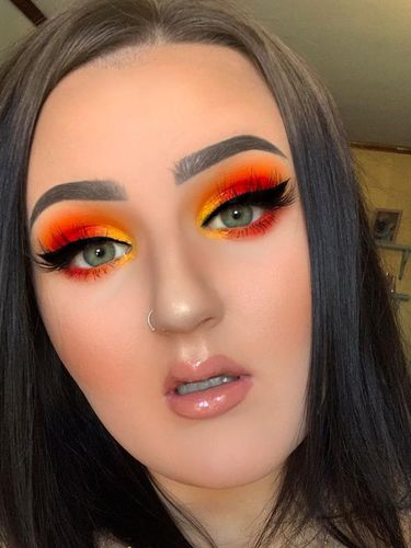 Tutorial makeup Mikayla Nogueira