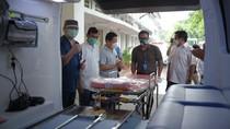 Bantuan Mobil Ambulance untuk Cegah COVID-19