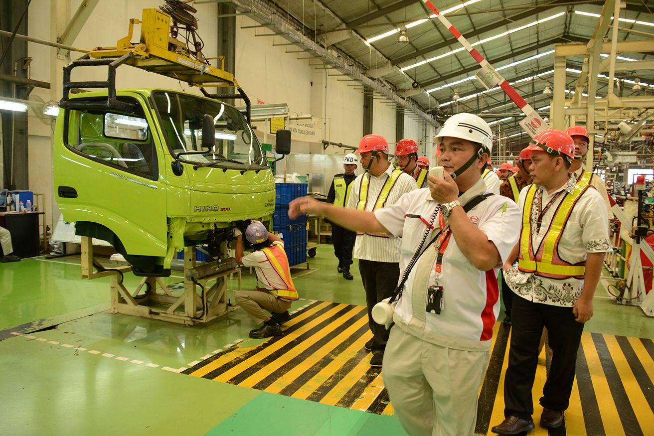 Pabrik Hino Tutup Sementara karena Corona