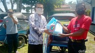 Pandemi Corona, PGRI Purworejo Bagikan Sembako dan 20 Ribu Masker Gratis