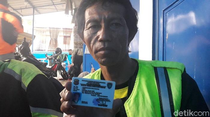 Tukang ojek pangkalan di Bandunng merasakan damkap virus Corona