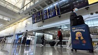 Waspadai Mutan Corona, Hong Kong Larang Penerbangan dari 3 Negara Ini