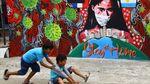Mural Lawan Corona Mejeng di Cipayung Depok