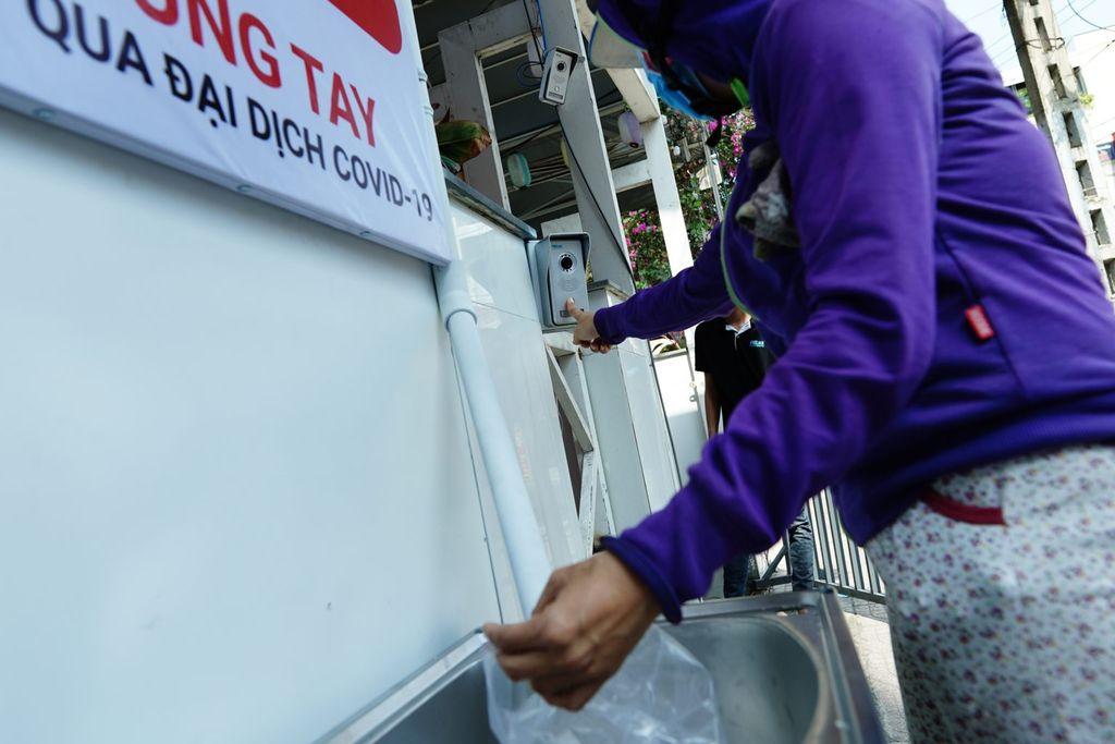 ATM beras di Vietnam