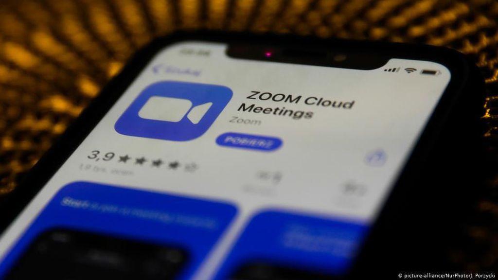 Zoom Bikin Pria Ini Masuk Jajaran Terkaya Dunia